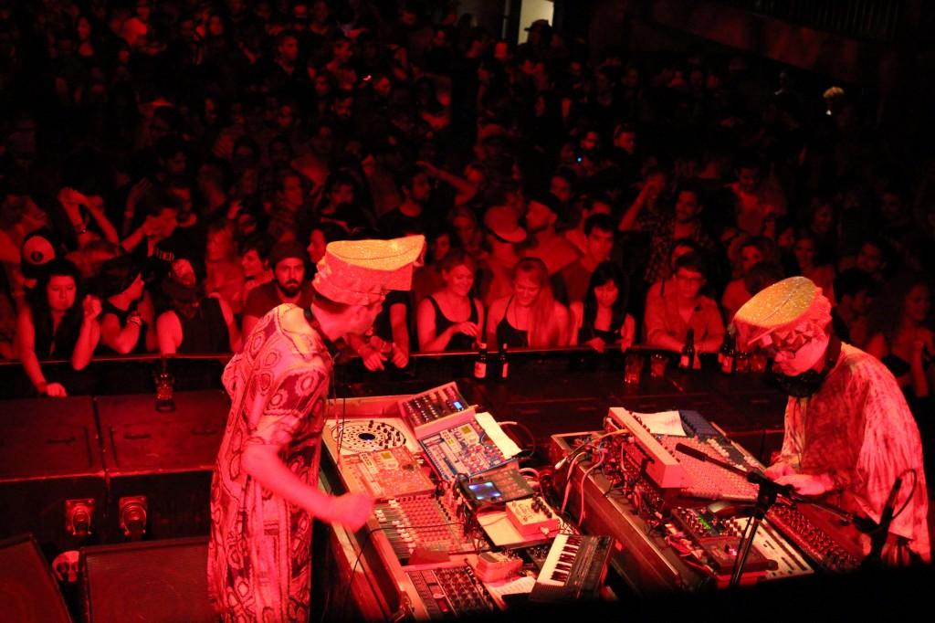Live techno Canada